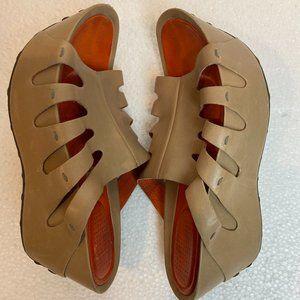 TSUBO Platform Wedge Sandals Mules size 7